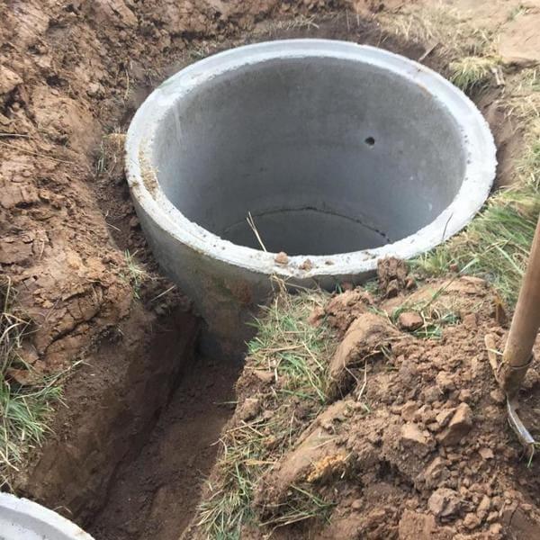 монтаж септиков из бетонных колец в Клинском районе